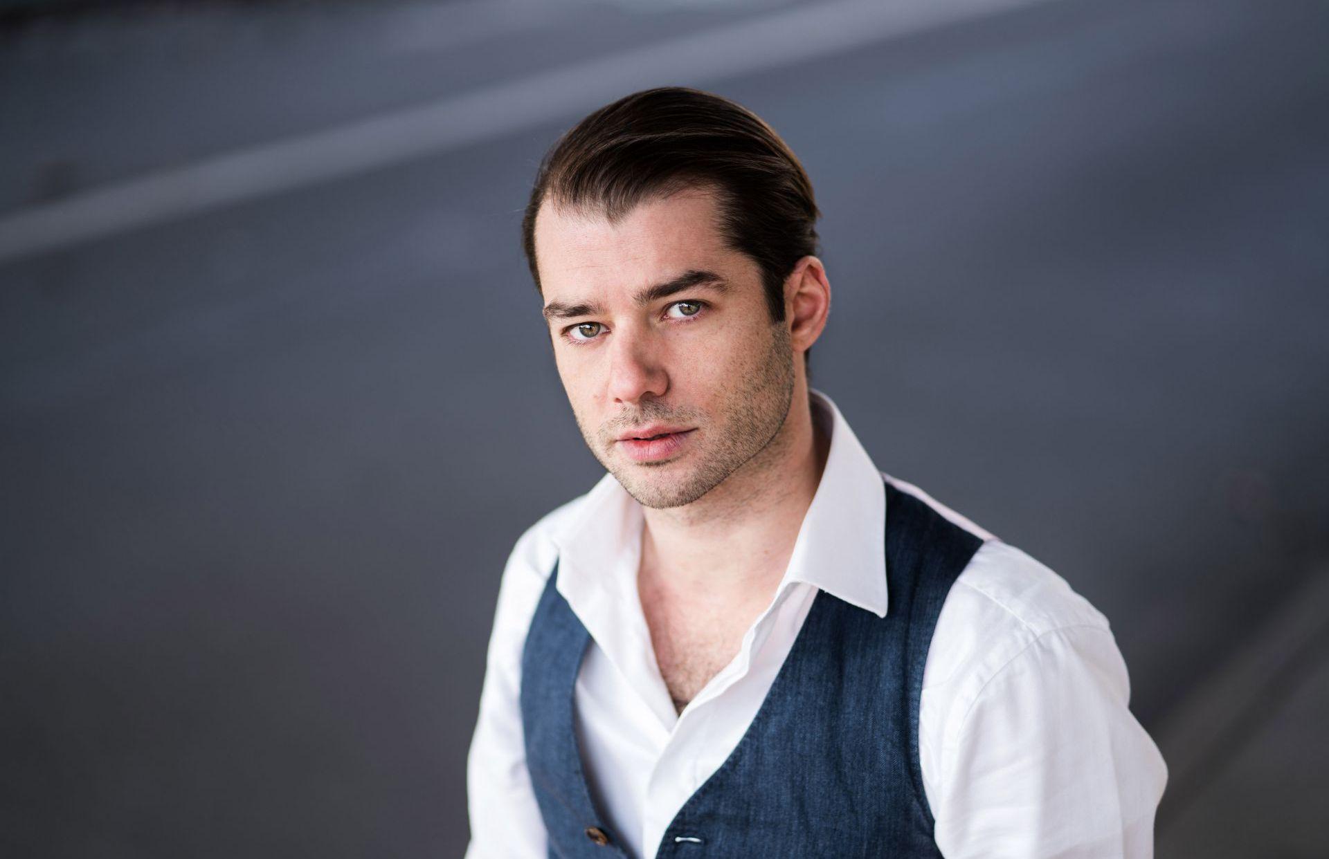 NICOLAS GARIN